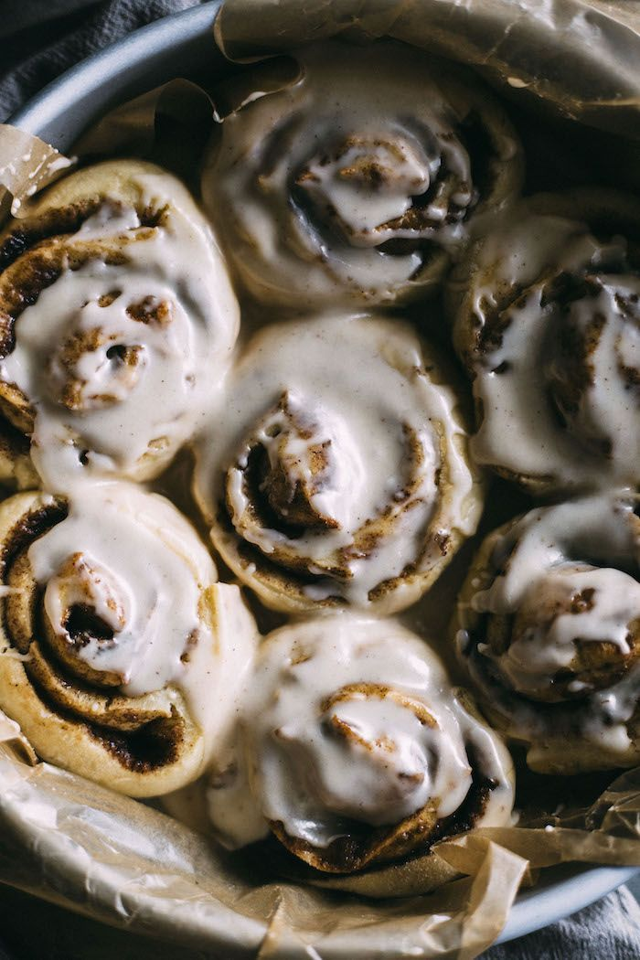 Vegan Cinnamon Rolls These Easy Vegan Cinnamon Rolls come together in a little over an hour, are made with easy to find ingredients and taste like heaven!These Easy Vegan Cinnamon Rolls come together in a little over an hour, are made with easy to find ingredients and taste like heaven!