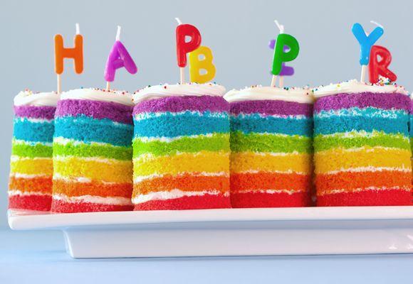 happy little rainbow cakes.
