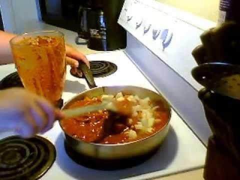 papas con chile guajillo