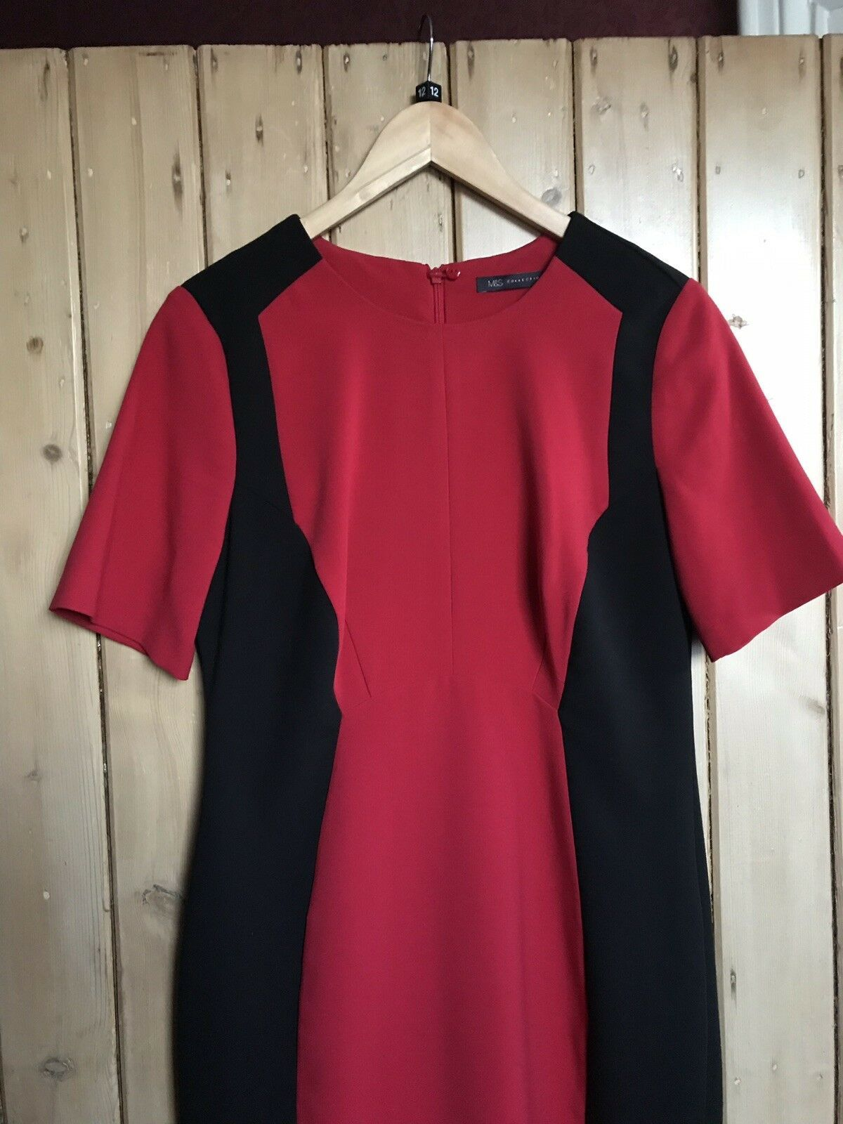 66a1fb386a7 M S Collection Ladies Red   Black Colour Block Fitted Lined Dress Size 12  Work