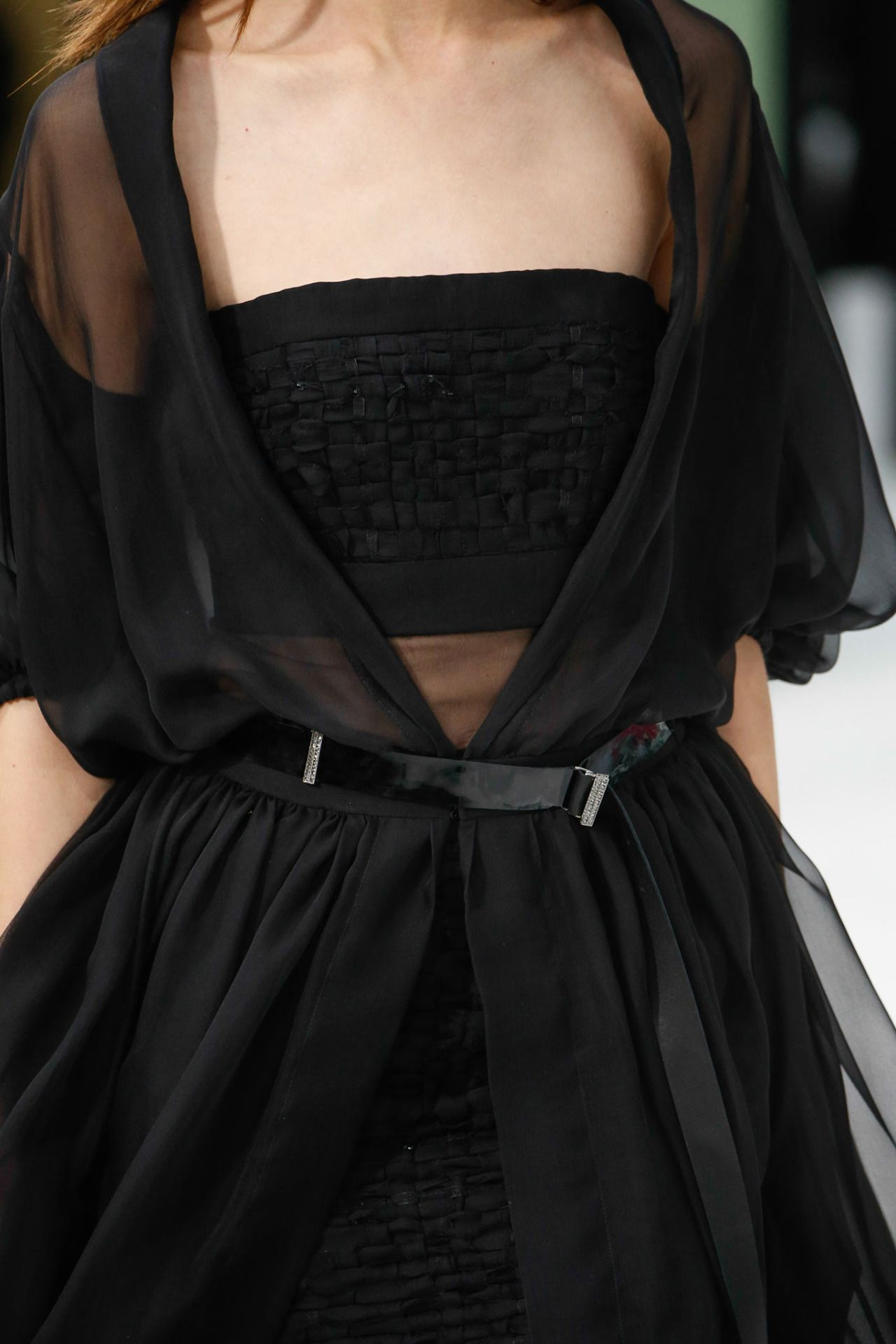 burbaie: Details from Chanel Spring 2015