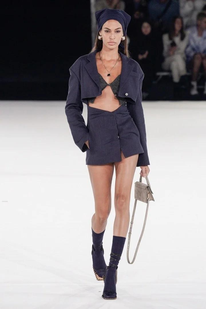 Jacquemus Homme Automne-Hiver 2020-2021 - Défilé   Vogue Paris