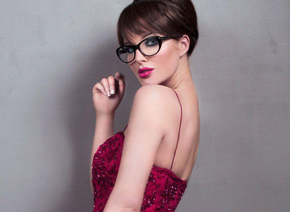 41 Freche Kurzhaarfrisuren für Brillenträgerinnen ...