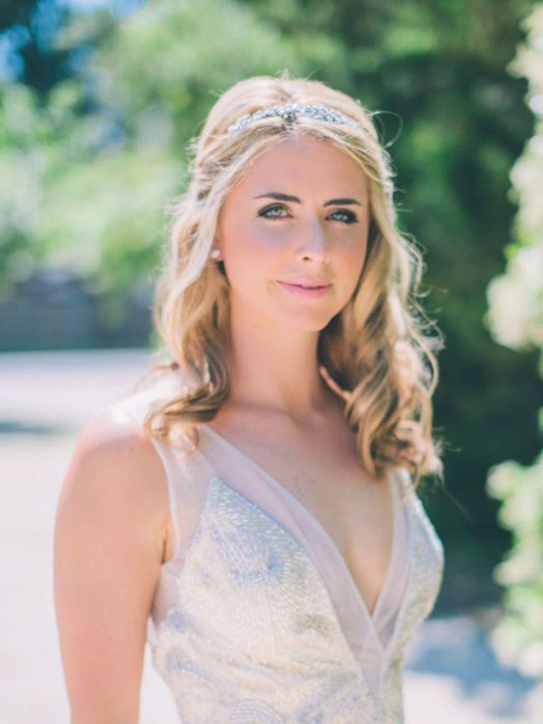 31 stunning wedding hairstyles for short hair   gettin