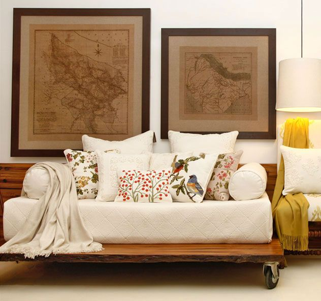 Showcase For High End Bedings And Pillows Cushion Covers