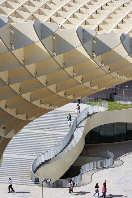 The metropol parasol by architectural studio j rgen mayer for Raumgestaltung roman