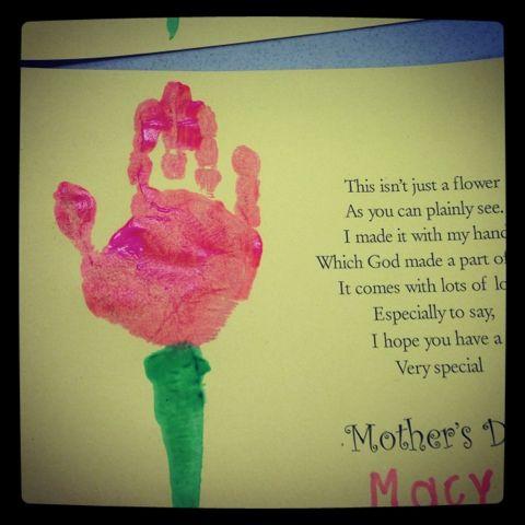 2 Preschool Pals Mothers Day Crafts Preschool Mother S Day Projects Mothers Day Crafts