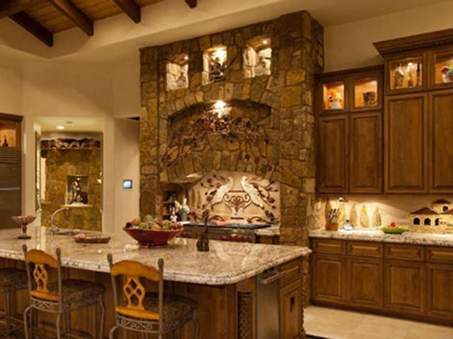 تصاميم مطابخ راقية لتستوحي منها ما يناسبك Tuscan Style Homes Tuscan Kitchen Design Tuscan Decorating