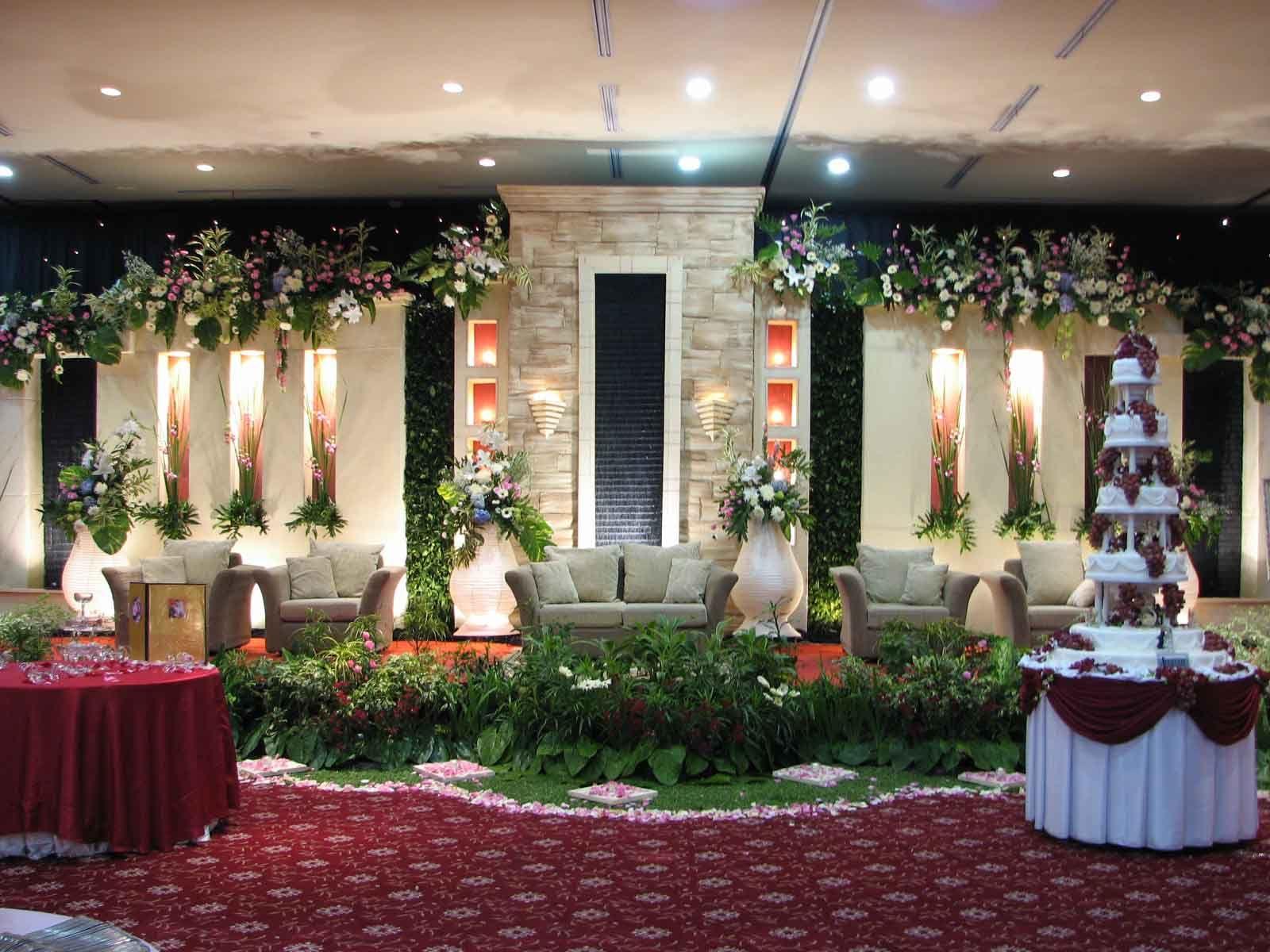 Ide untuk dekorasi pelaminan wedding pinterest wedding stage ide untuk dekorasi pelaminan junglespirit Gallery