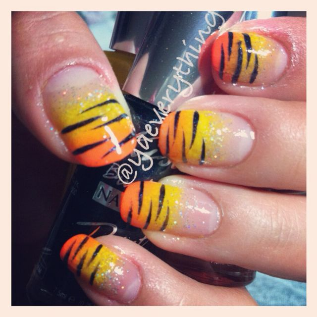 Tigger Nails: Disney Nails, Creative Nails, Nail Art