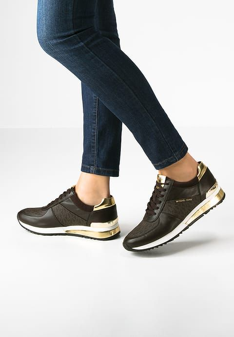 304808ab5c9581 ALLIE - Baskets basses - brown in 2019   Michael Kors   Sneakers ...