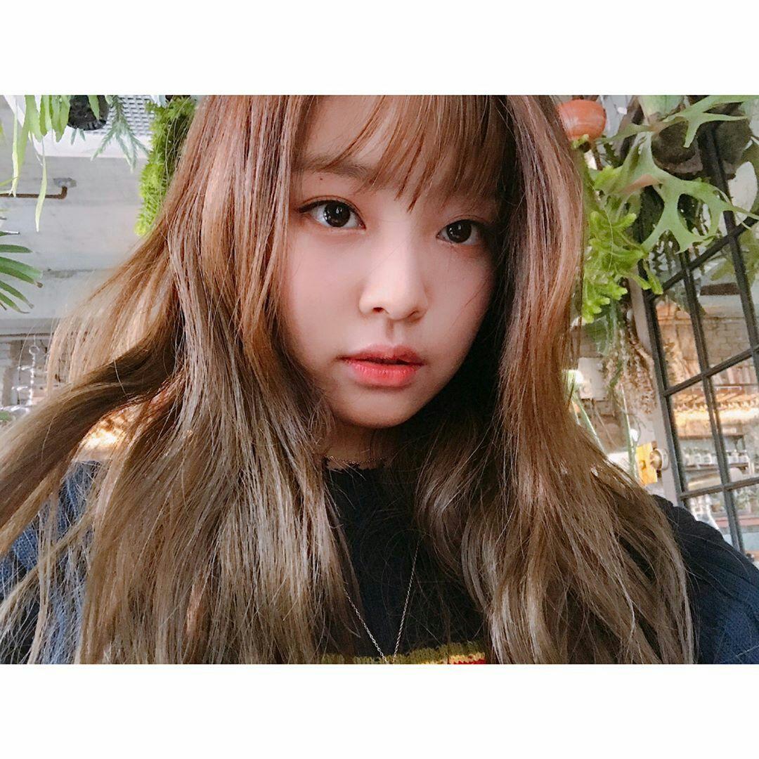 Lirik Lagu Blackpink Blackpink Jennie How To Style Bangs Pink Haircut