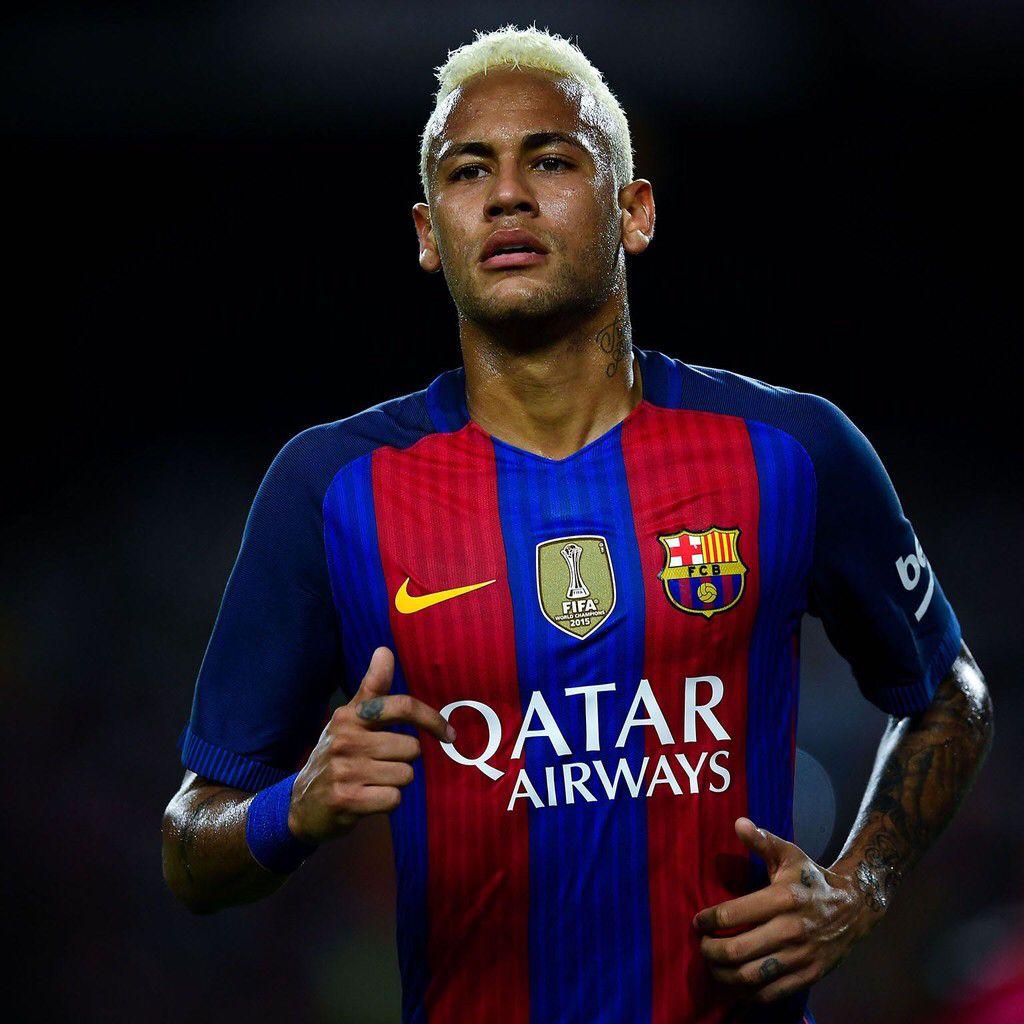 Get Cool Soccer Stars Hd Ios Wallpapers Iphone7 Ipad Pro Https Appsto Re Us S3mvbb I Cr7 Messi Fifa App Apple Neymar Jr Neymar Psg