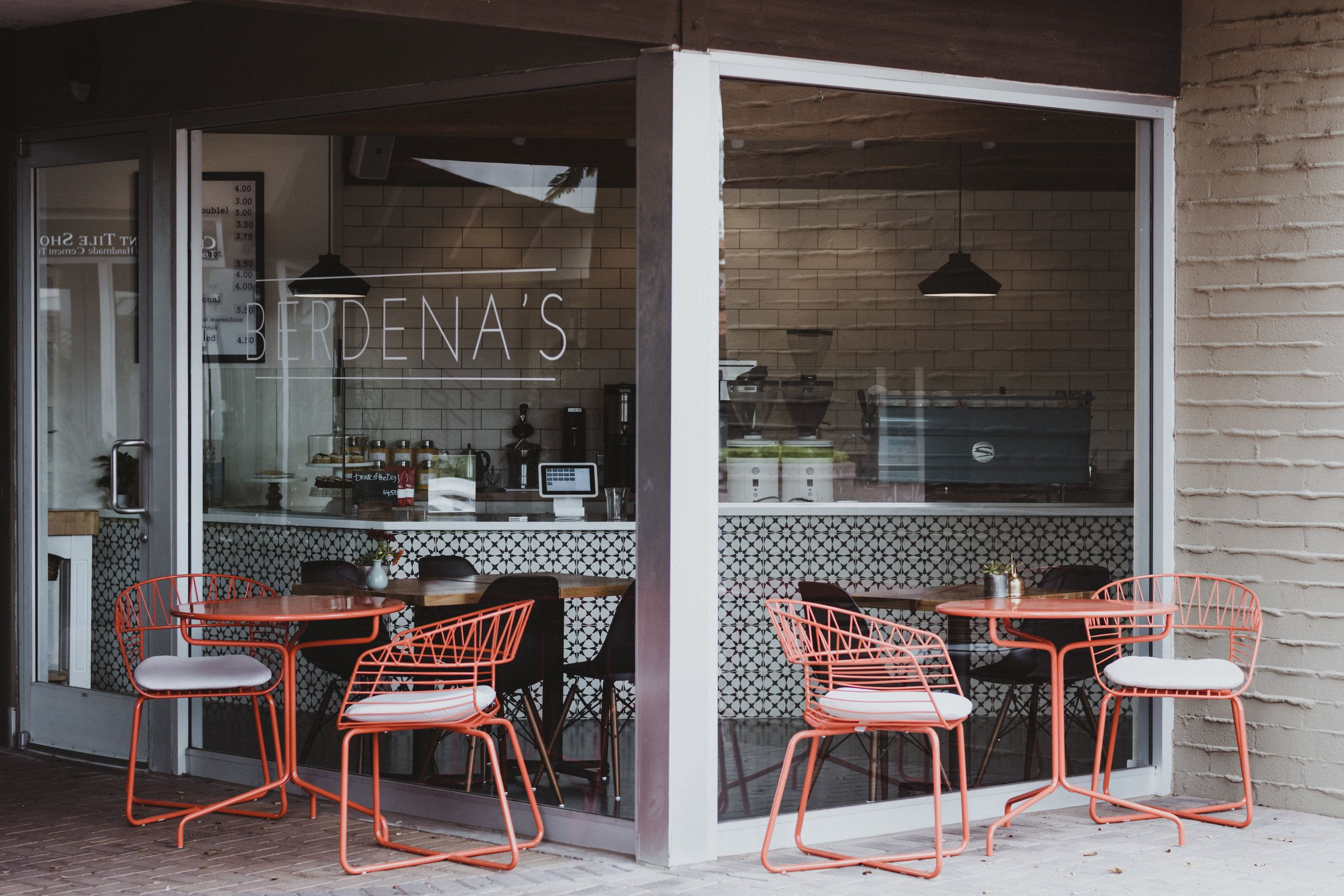 The Most Instagrammable Coffee Shops In Phoenix Bloguettes Coffee Shop Cute Coffee Shop Coffee Places