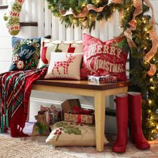 Christmas Decorations: Ornaments, Christmas Trees & More | Pier 1 ...