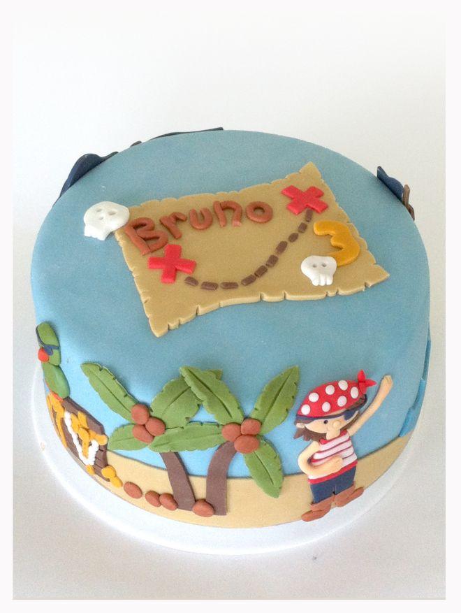Pirate Cake (Bruno)