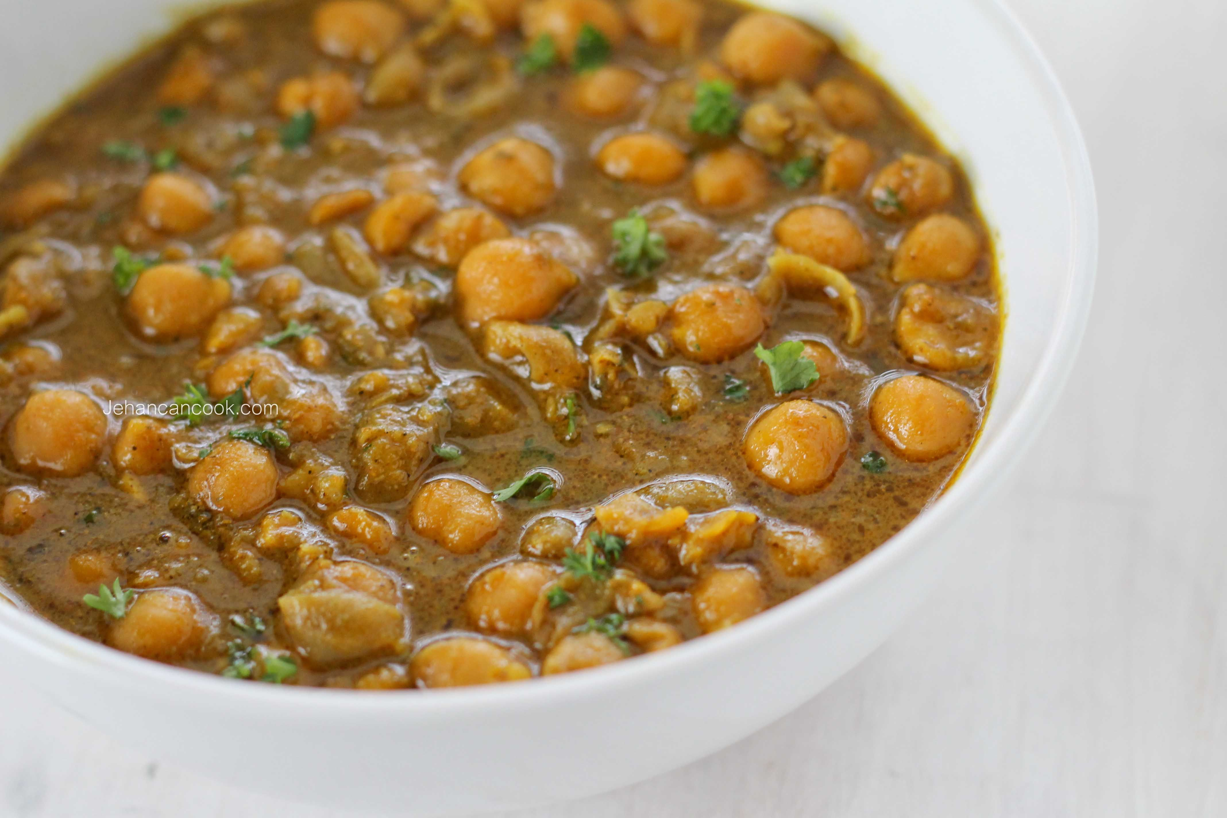 CHICKPEA CURRY Indian beans recipe, Chickpea curry