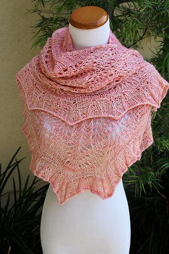 Golly Molly Shawl Pattern By Pam Jemelian Code Free Shawl And