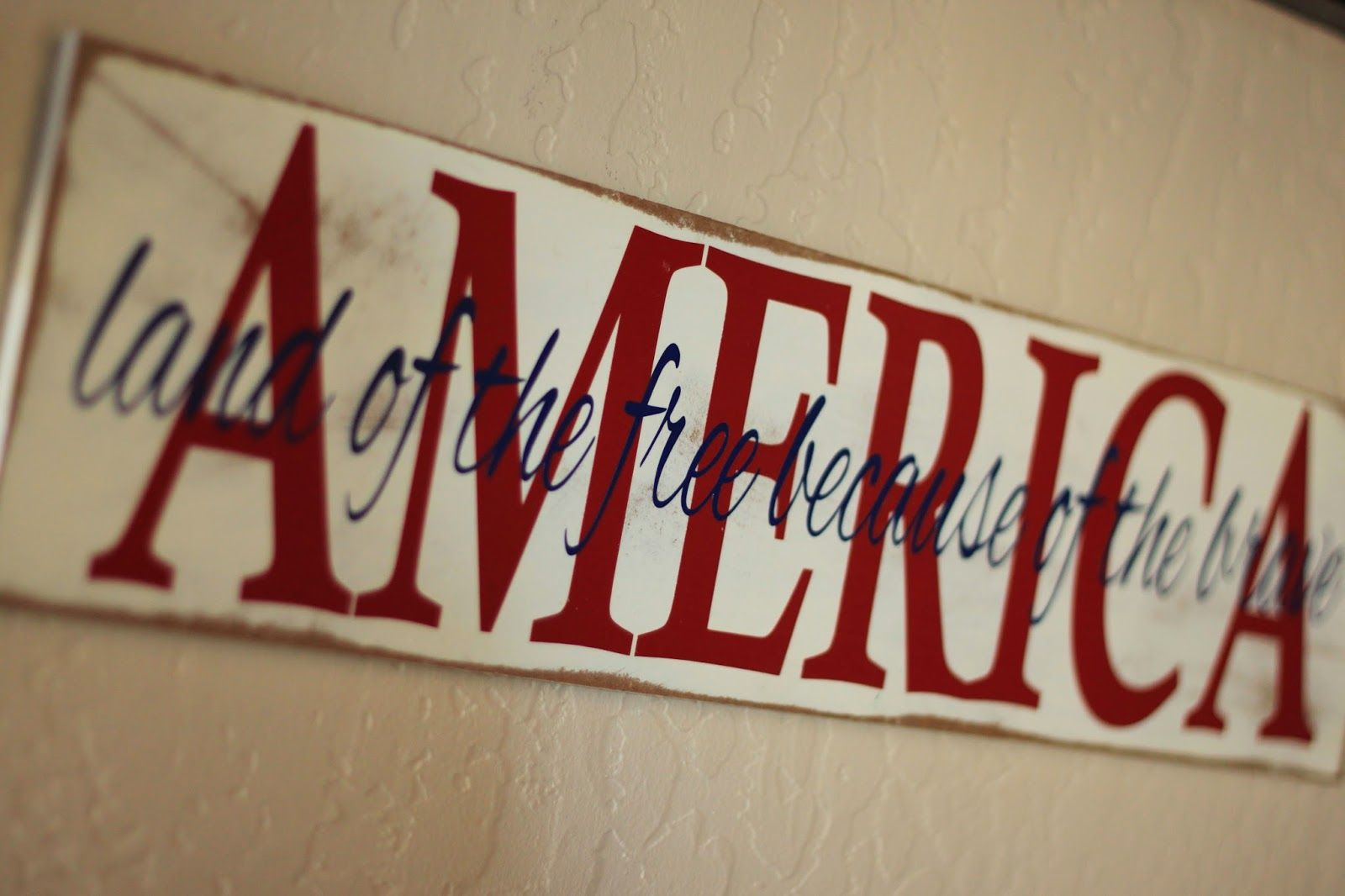 """Free Printable for Silhouette Machine and instructions to make America sign """"Land of the Free because of the Brave"""""""