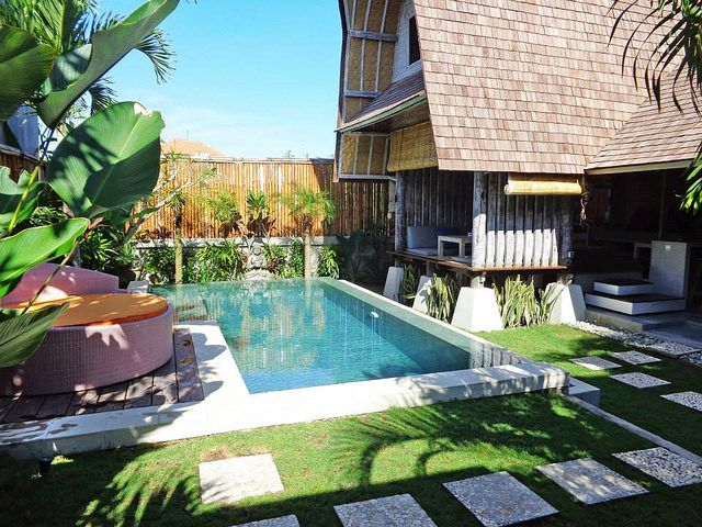 8 Private Pool Villas In Bali You Didn T Know You Could Stay Under 100 Villa Pool Bali Pool