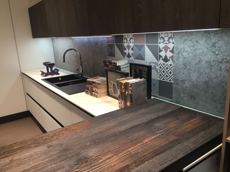 Under-cabinet LED Lighting Puts The Spotlight On The Kitchen Counter ...