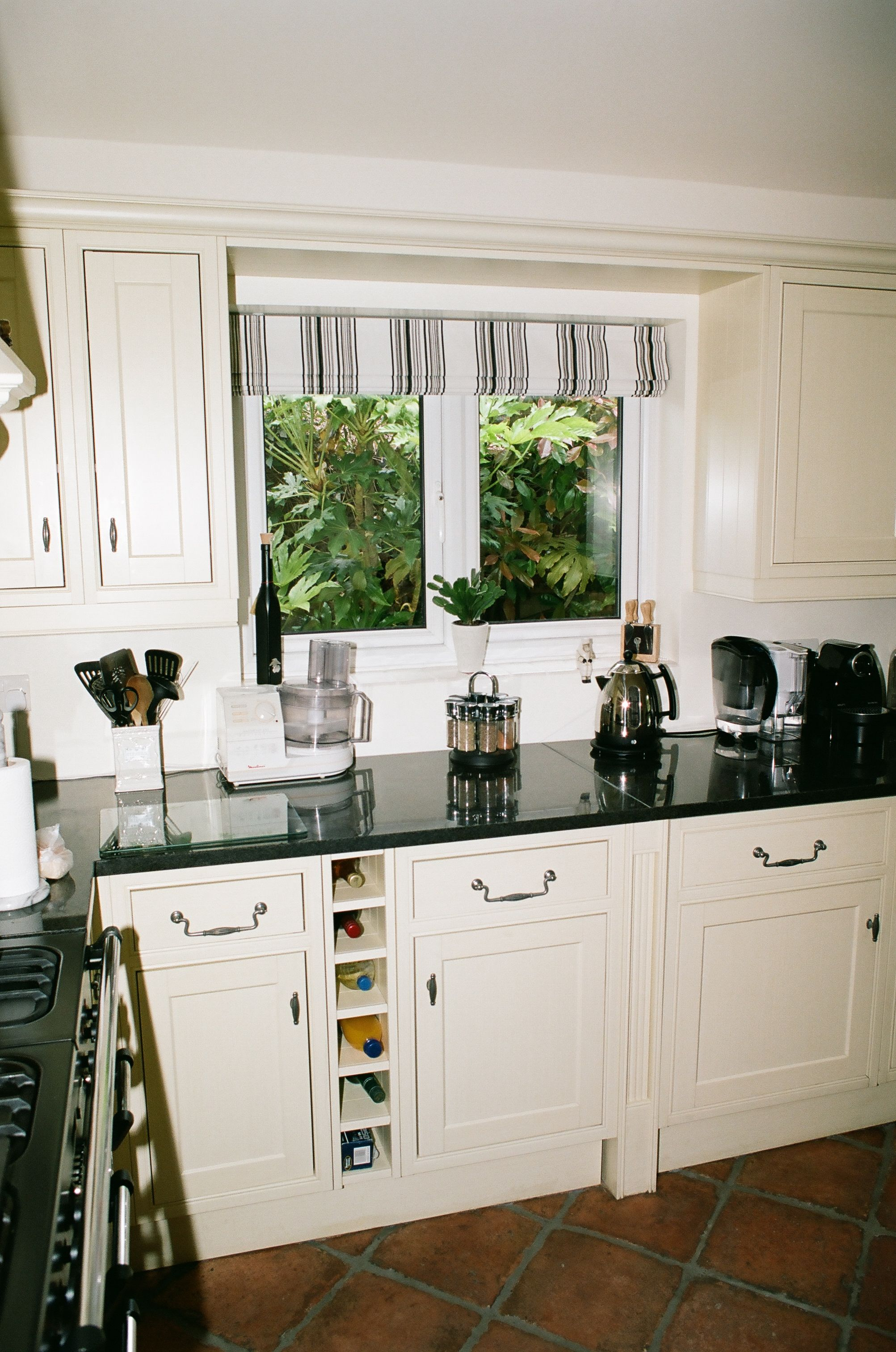 Elegant Kitchens House Color Schemes