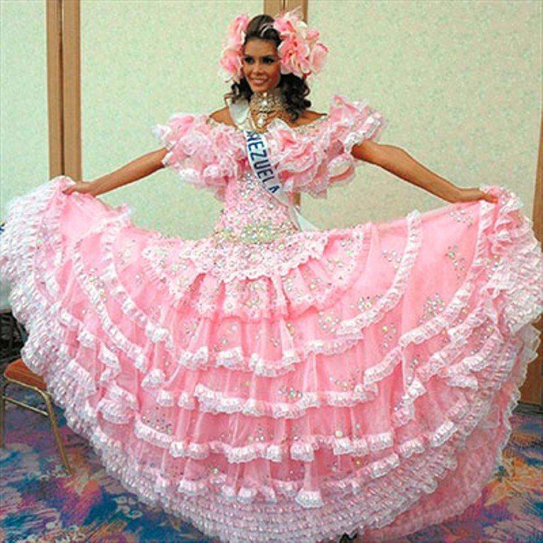 Traje de Llanera, creado para Elia… | Miss Venezuela Typical ...