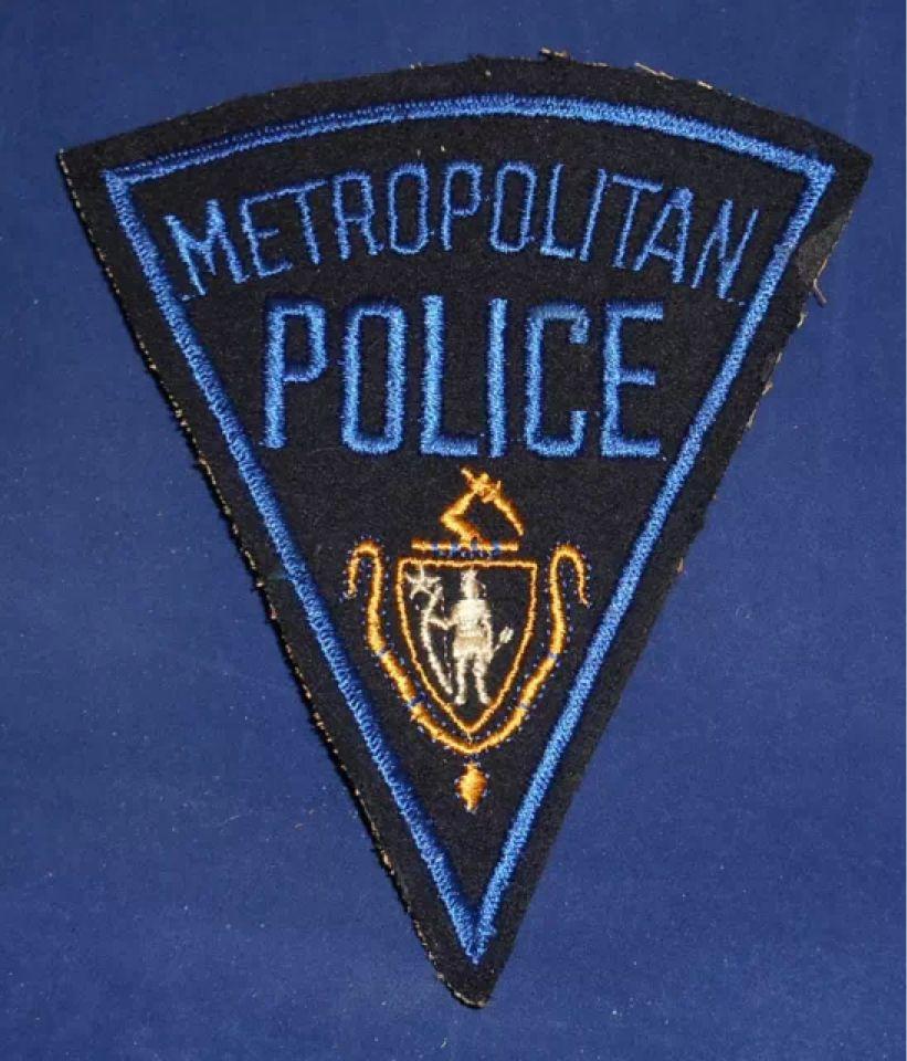 Massachusetts Metropolitan Police Shoulder Patch Invp1651 Police Police Patches Police Dept