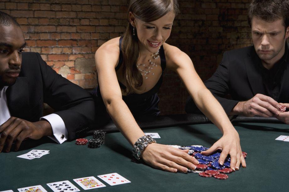 Играть эротические азартные игры бесплатно