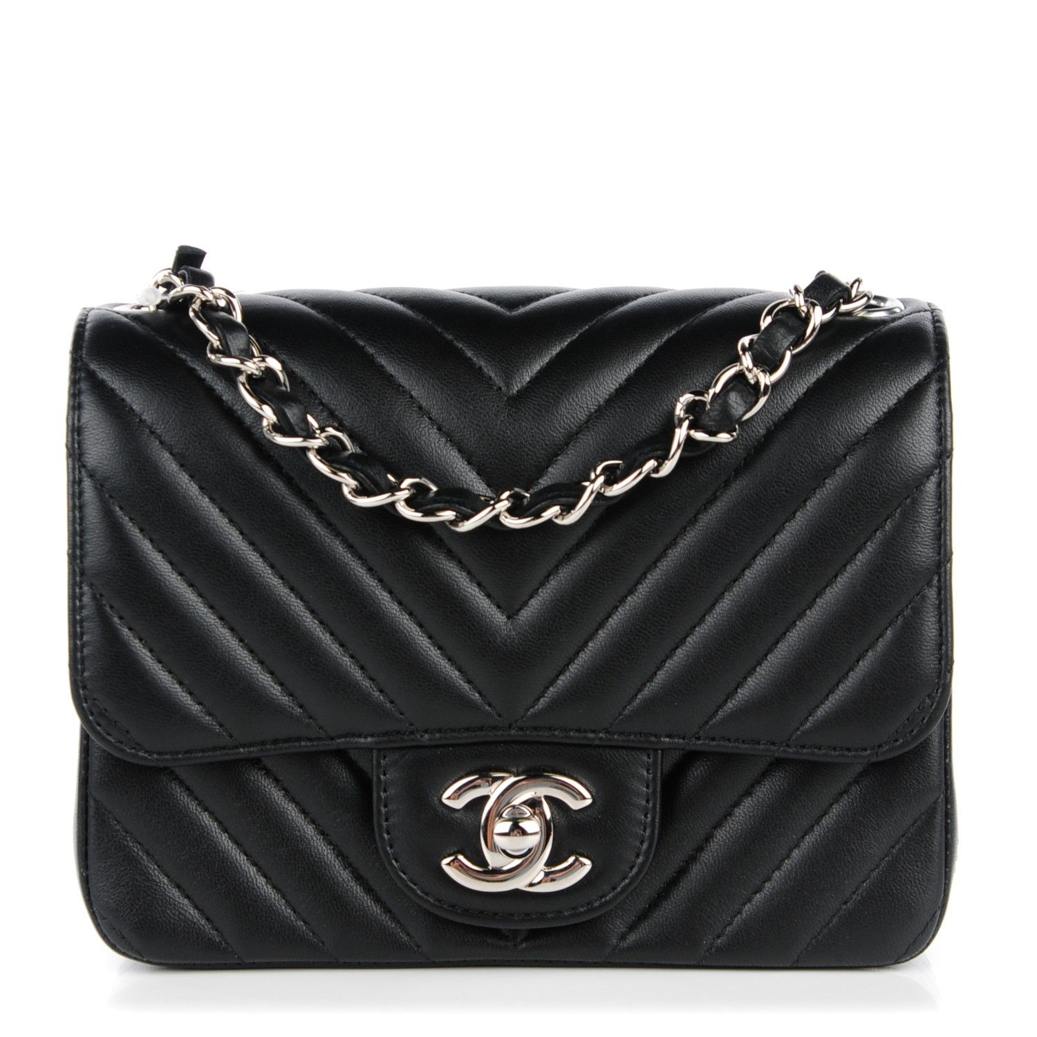 4630860b5ddf7e This is an authentic CHANEL Lambskin Chevron Quilted Mini Square Flap in  Black. The chic little cross body features soft lambskin leather with…