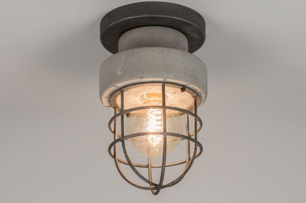 Artikel 72378 industrieel en raw! stoere plafondlamp gemaakt van