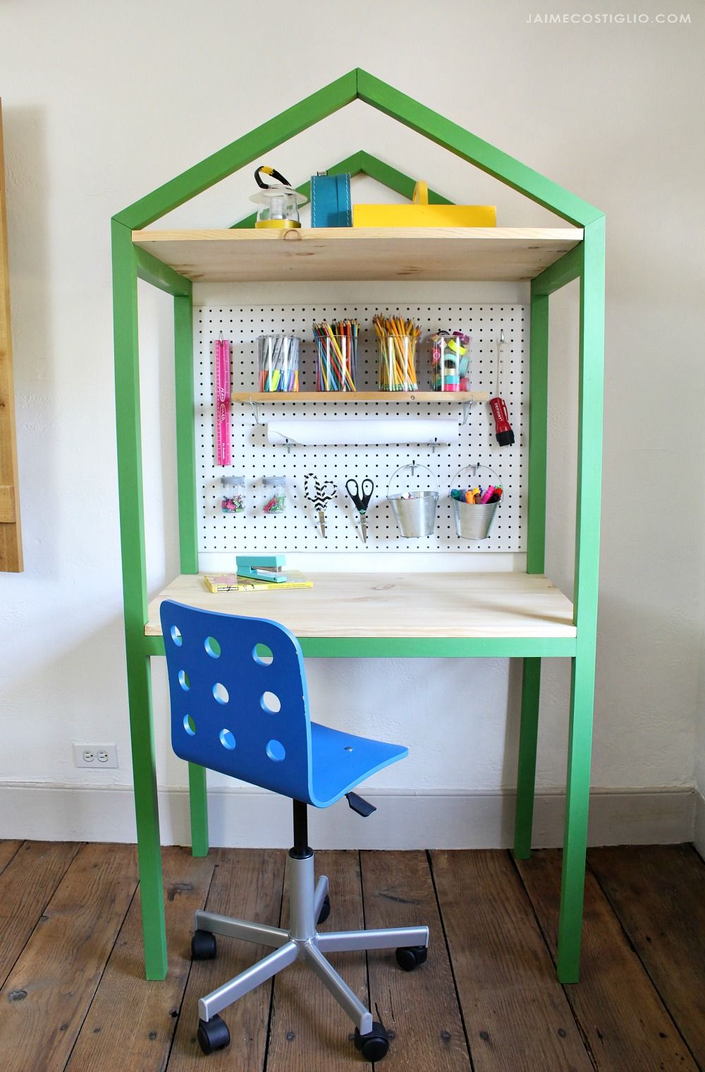 House Shaped Craft Desk Ana White Repurposed Furniture Woodworking Projects For Kids Modern Woodworking Projects