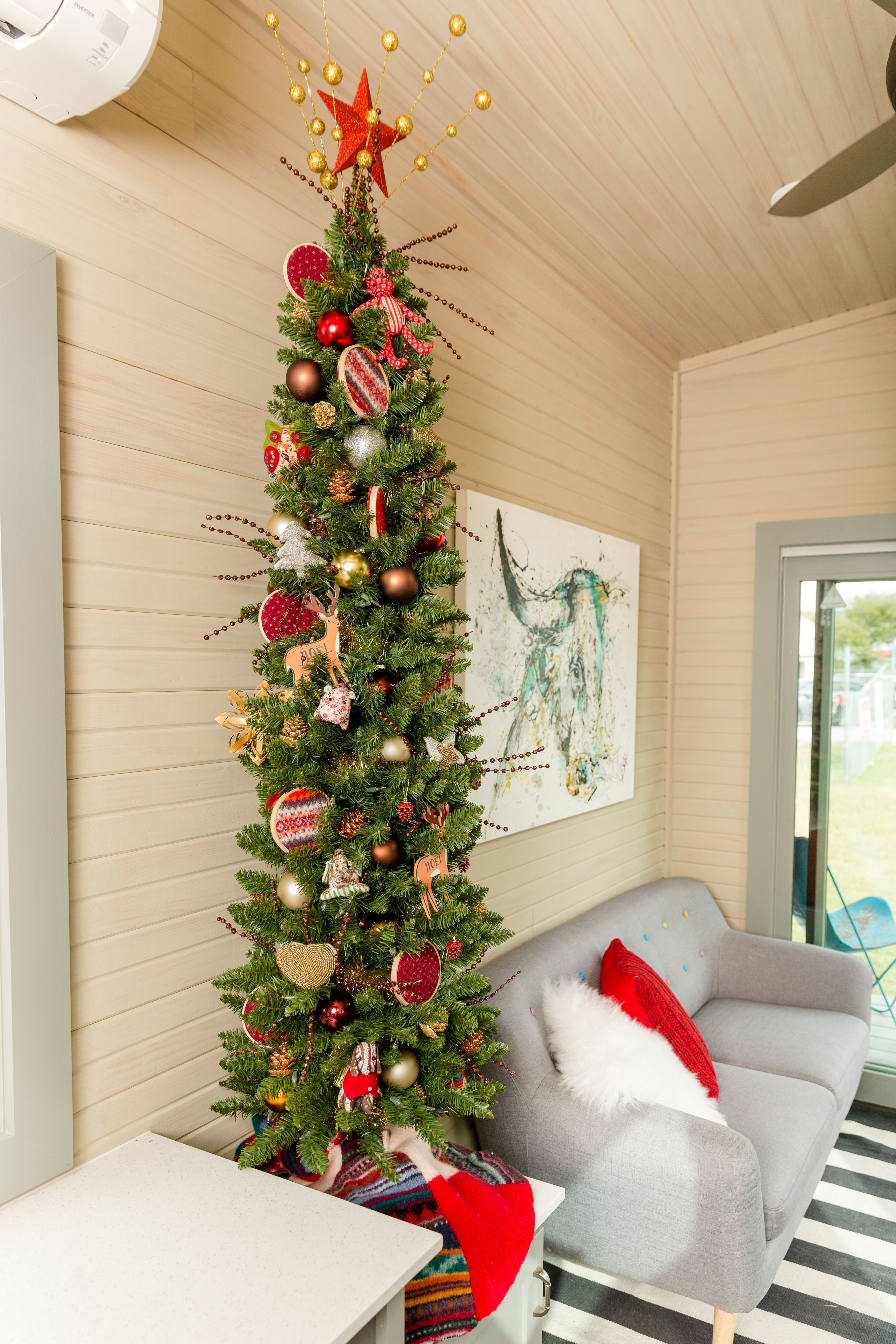 Christmas Trees For Small Spaces Ideas Tips Treetopia Small Space Christmas Tree Pencil Christmas Tree Slim Christmas Tree