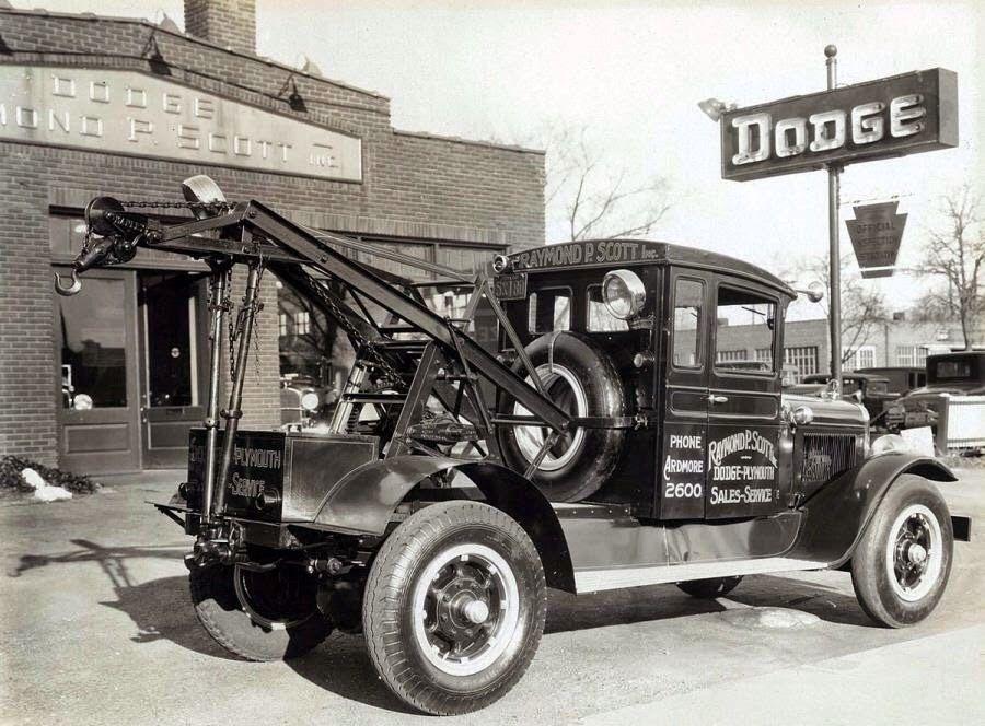Old tow trucks and semis | Motor Junkies | Tow Trucks | Pinterest ...