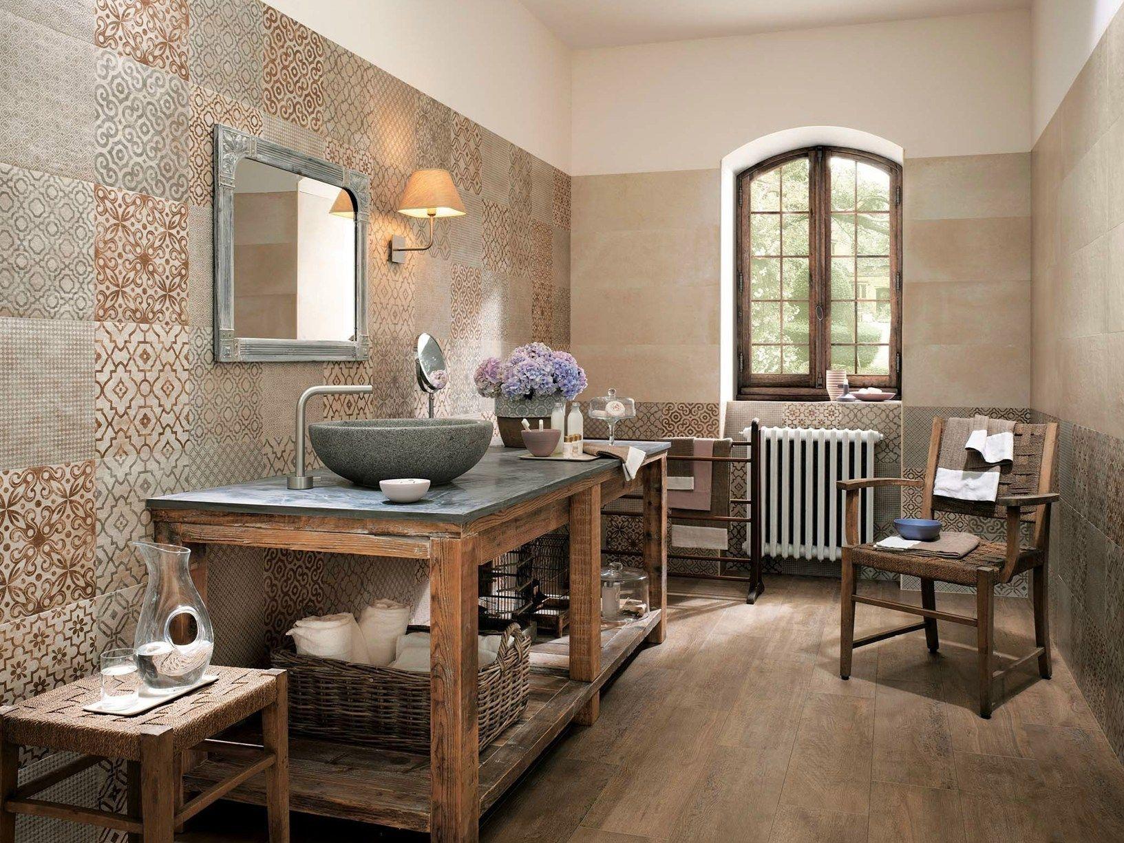 Bagno Legno Rustico : Top mobile con legno casa nel bagno