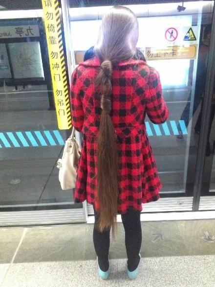 Pingl par eric thomas sur hair dream 2 long hair styles ponytail hairstyles et hair - Cheval de raiponce ...