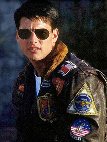 0440fb46 Tom Cruise wearing a bomber jacket in Top Gun | clothes in 2019 ...