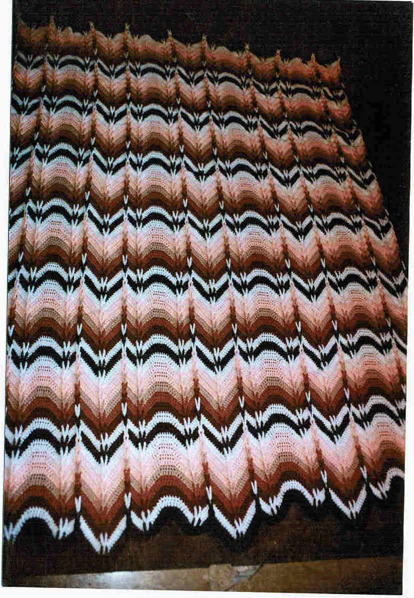 Navajo Bargello - only place I found the pattern was in a book. 40 ...