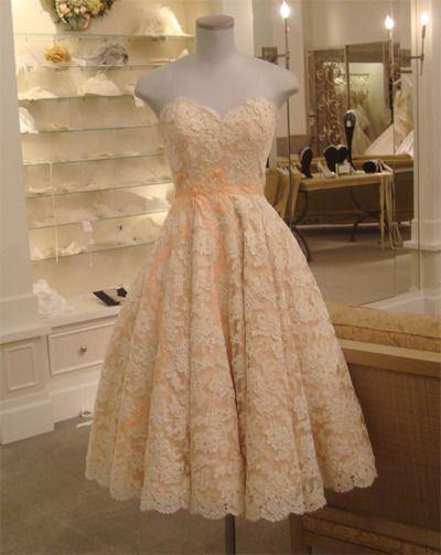 So lacy, peachy, sweetheart neckline, fifties, love it!