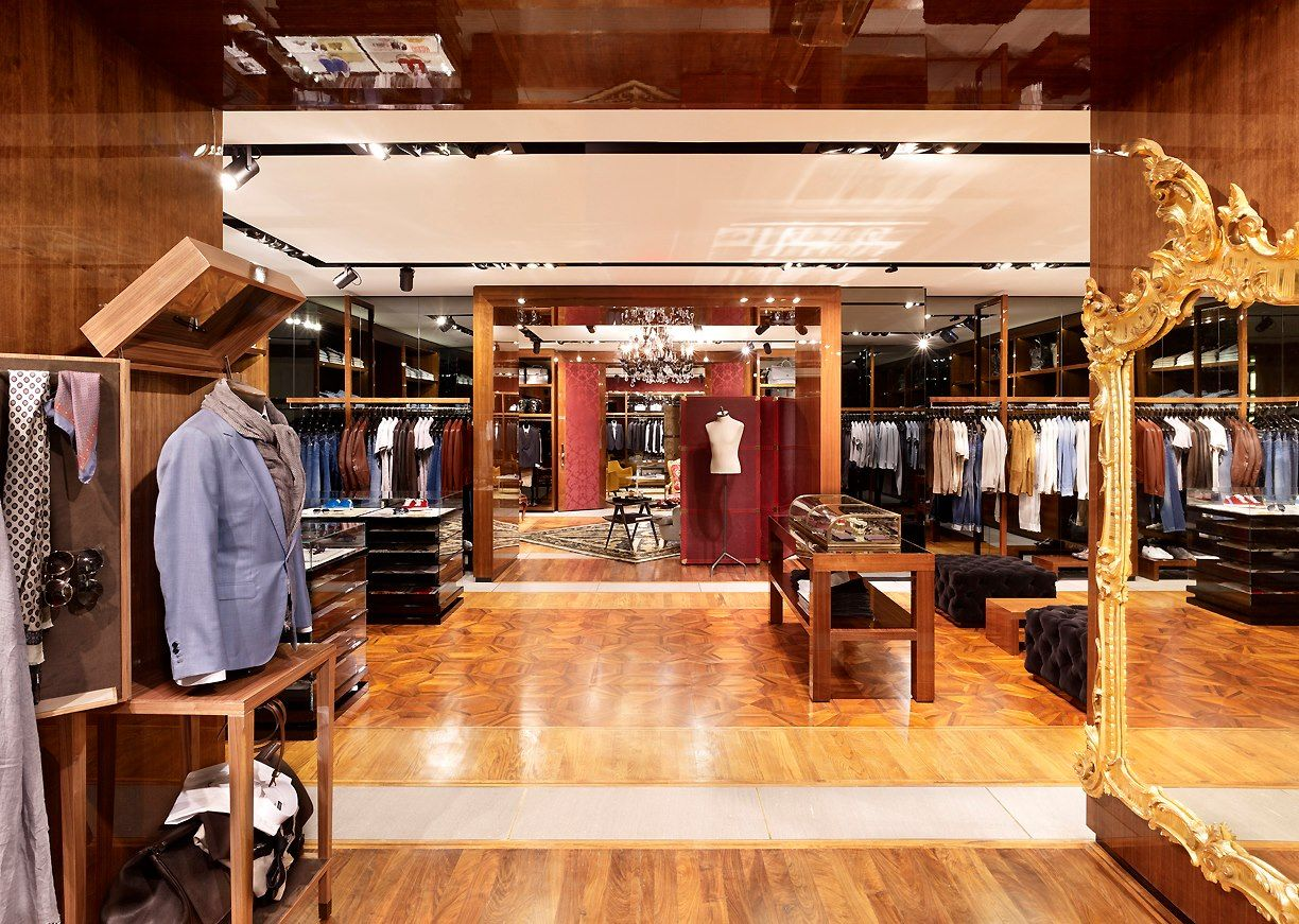 8aefd07894 Dolce Gabbana new store Fifth Avenue, New York | Retail | Store ...