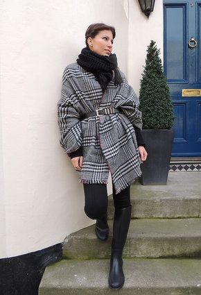 Zara Capes, Zara Leggings and Decathlon Boots   Wonderfully Dressed ... 4fedd4eb6e8