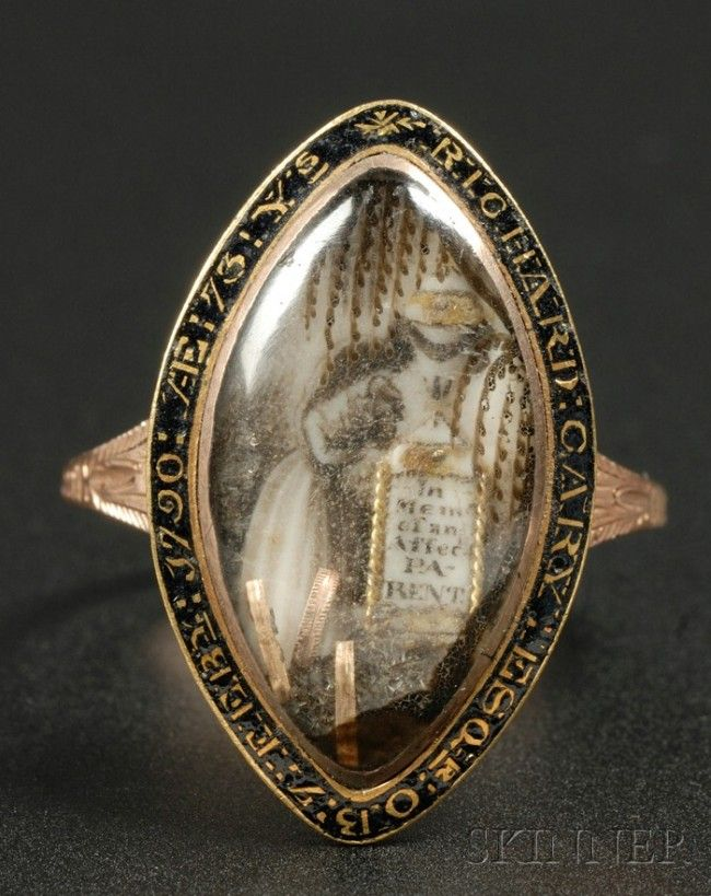 Mourning Ring, c. 1790, 10kt gold navette-
