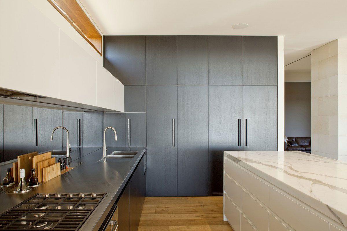 Zeitgenössische Middle Harbour House Design von Richard Cole ...
