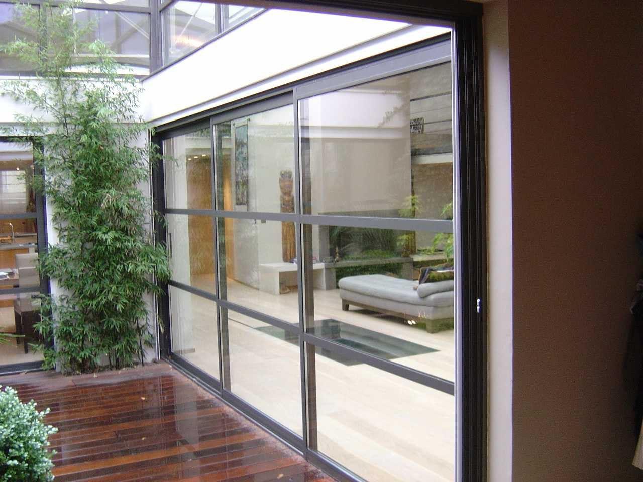 Baie vitre en bois cheap installer une baie vitre avant - Cuisiniste chateauroux ...