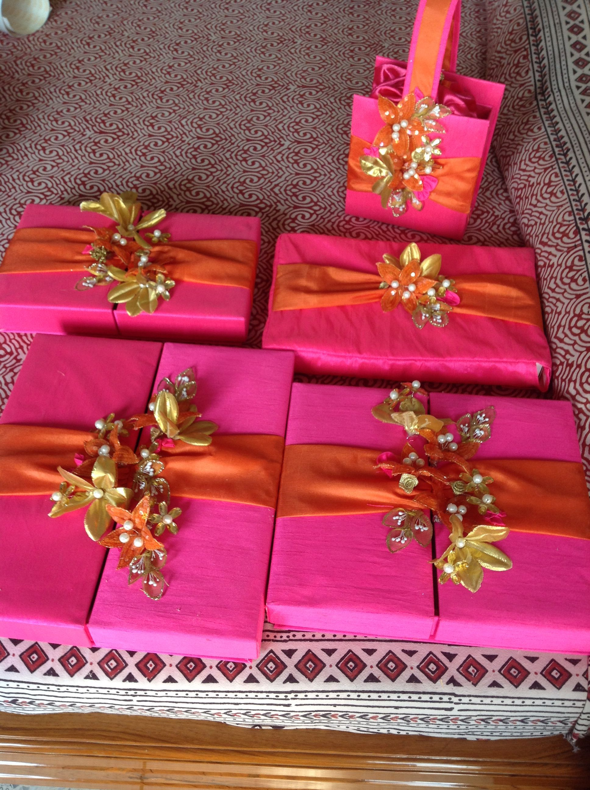 Awesome Wedding Gift Pack Wedding Gift Wrapping Wedding Gifts Packaging