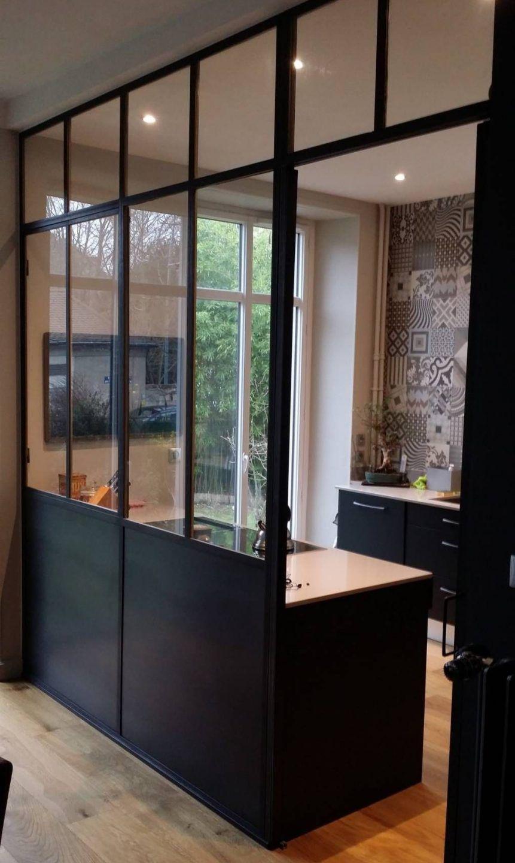 Verriere En Plexiglas Solution Pas Chere Pour S Offrir Une Verriere En 2020 Cuisine Verriere Separation Cuisine Salon Interieur Maison Design