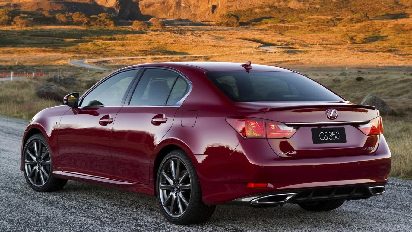2013 Lexus Gs 350 F Sport Japanese Version Rear Angle View