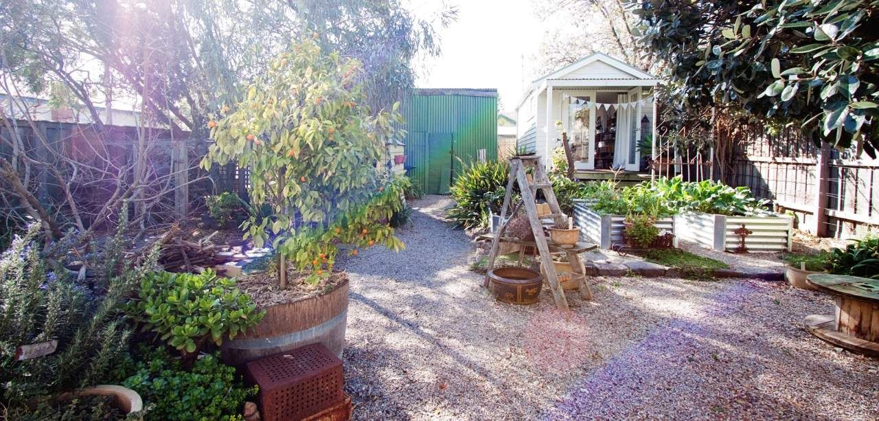 Mariana & Mark's Artistic Melbourne Home Melbourne house