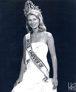 Blond, of course | Pageant crowns, Beauty pageant, Beauty ...