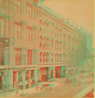 [Street view of Cincinnati with buildings.] 1865?-1895?